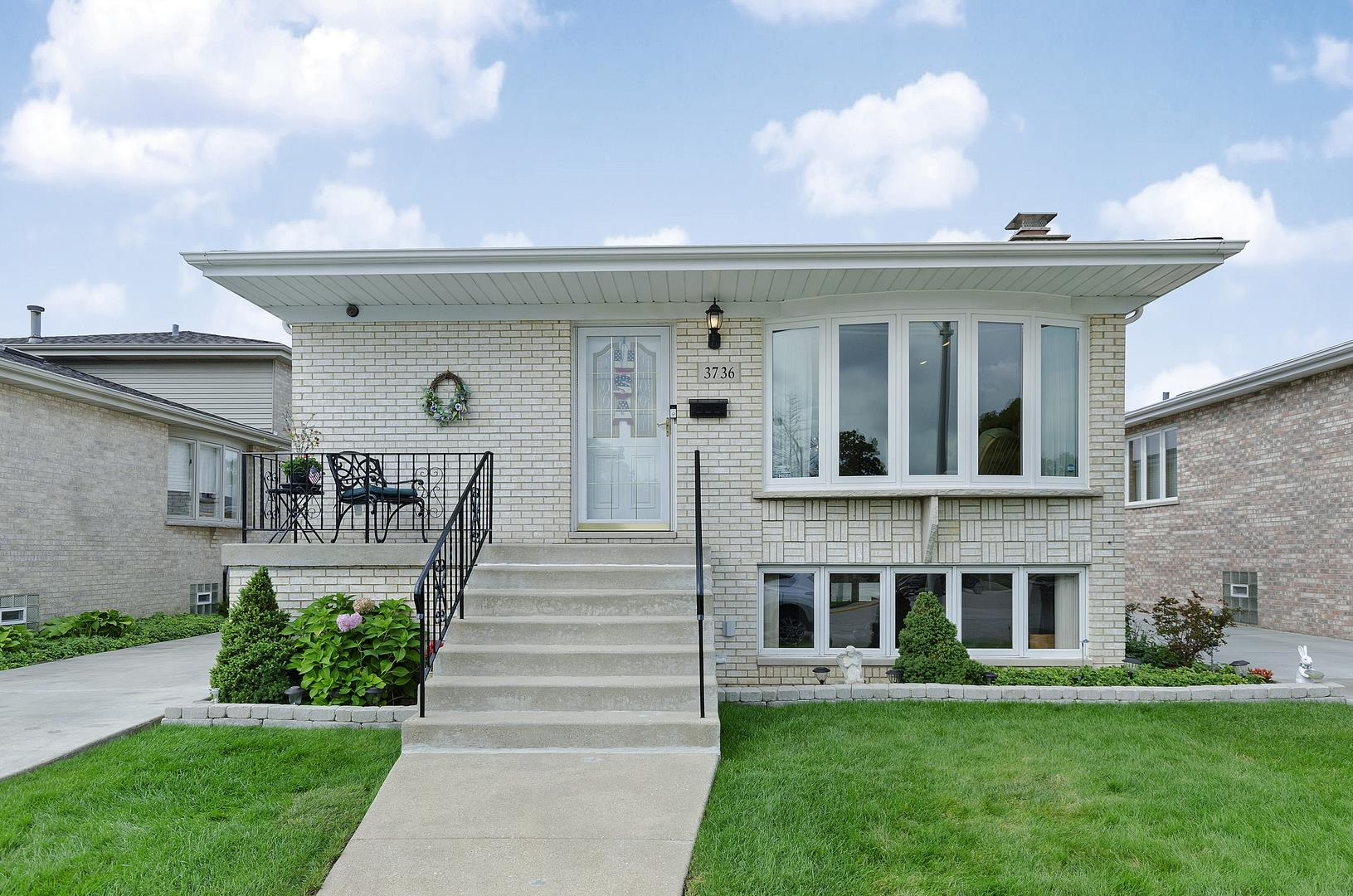3736 N Rutherford Avenue, Chicago, IL 60634 - #: 10860253