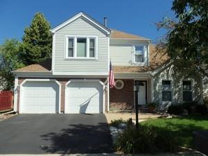 26 GARFIELD Lane, Streamwood, IL 60107 - #: 10843254