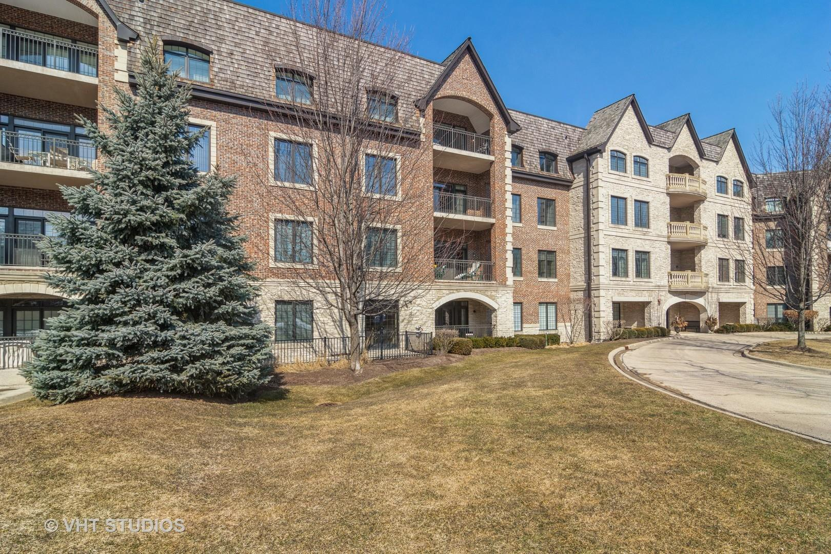 1800 Amberley Court #302, Lake Forest, IL 60045 - #: 11017257