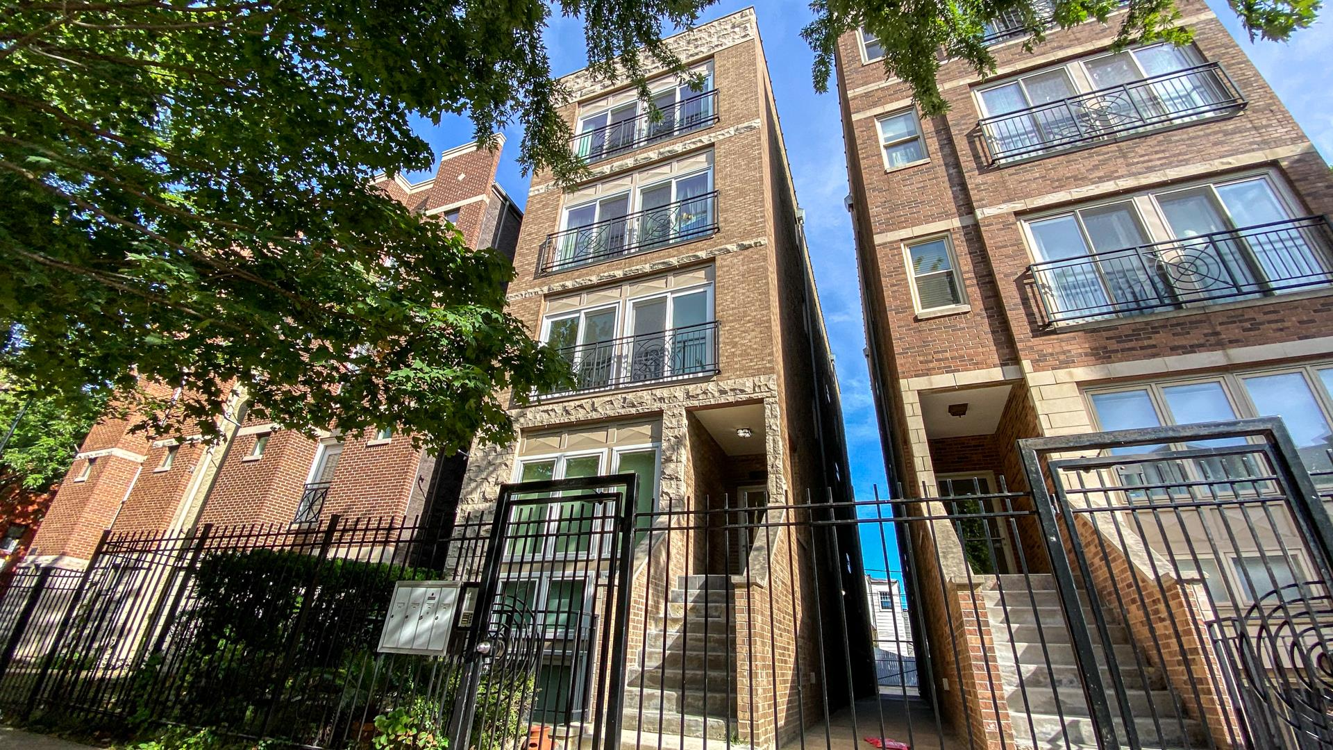 2318 W HARRISON Street #2, Chicago, IL 60612 - #: 10841266