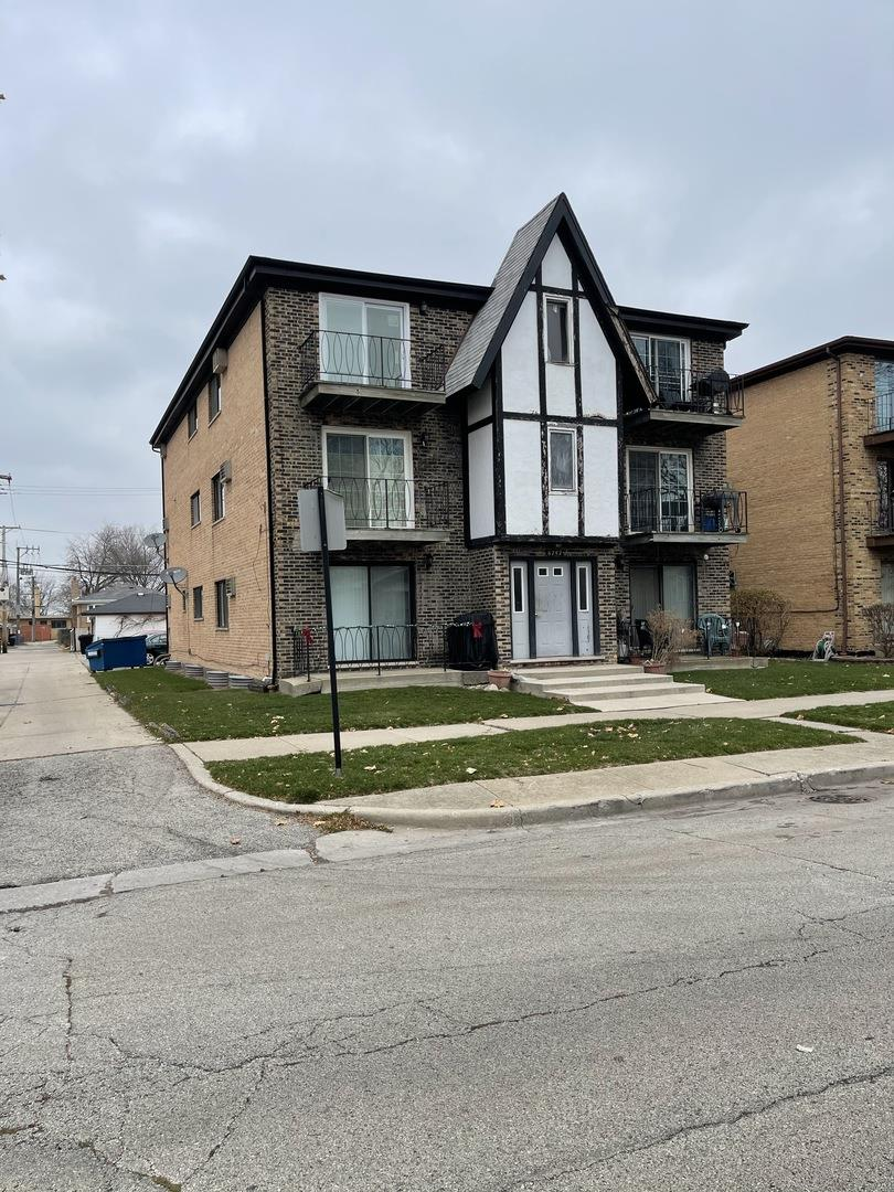 6742 W 64th Place #1A, Chicago, IL 60638 - #: 10957268