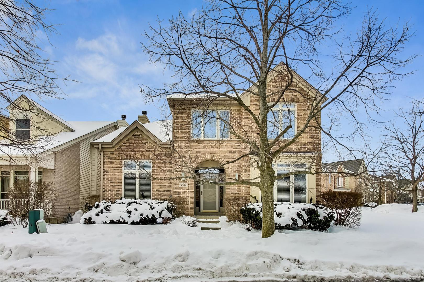706 RIENZI Lane, Highwood, IL 60040 - #: 10997270