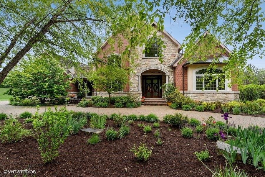 13505 Lucky Lake Drive, Lake Forest, IL 60045 - #: 11107271