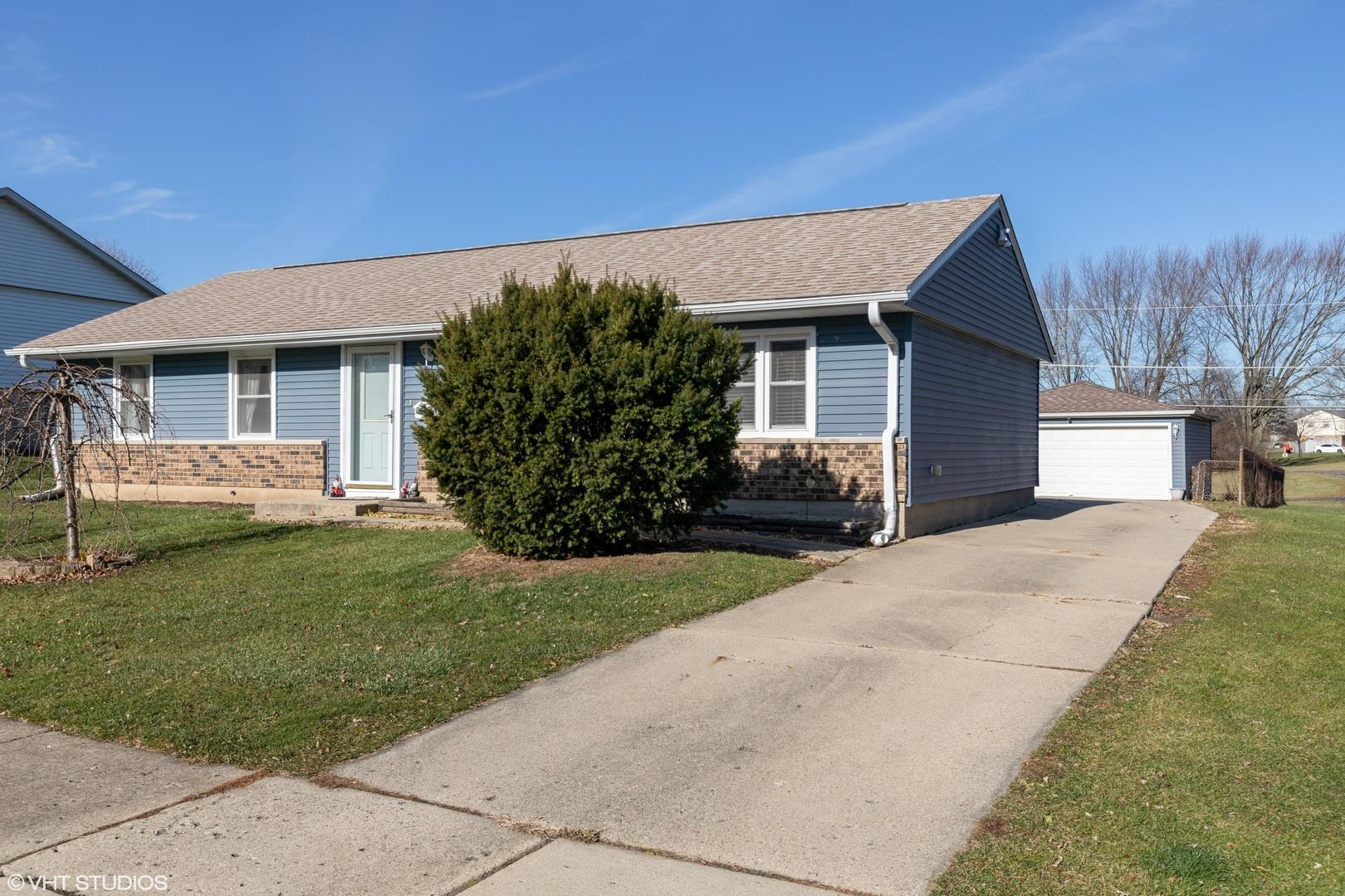 624 Arnold Avenue, Streamwood, IL 60107 - #: 10923274