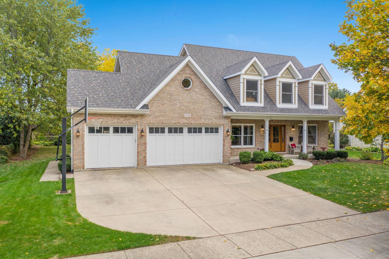 1128 Summit Hills Lane, Naperville, IL 60563 - #: 10919278