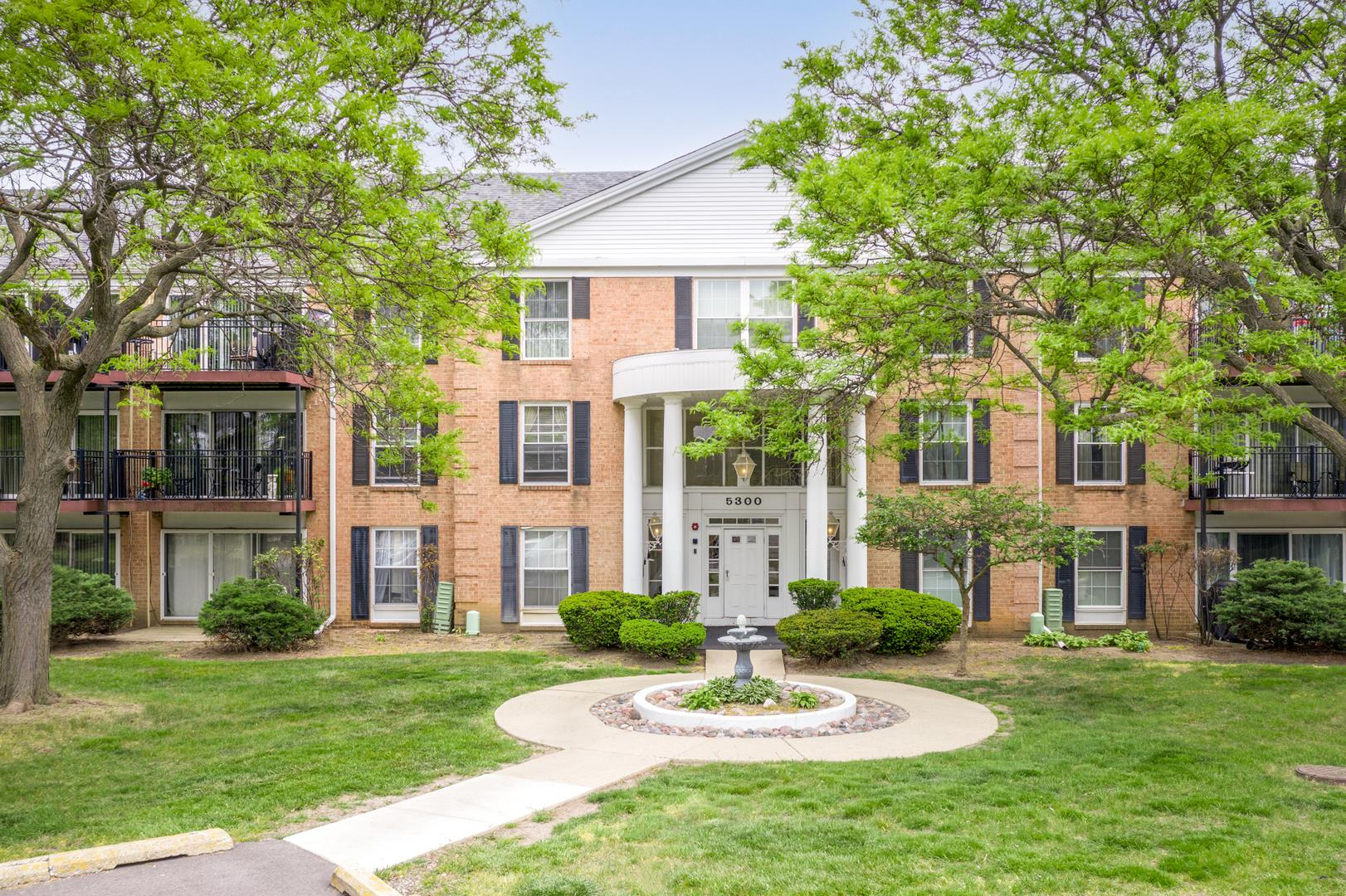 5300 Carriageway Drive #304, Rolling Meadows, IL 60008 - #: 11096281