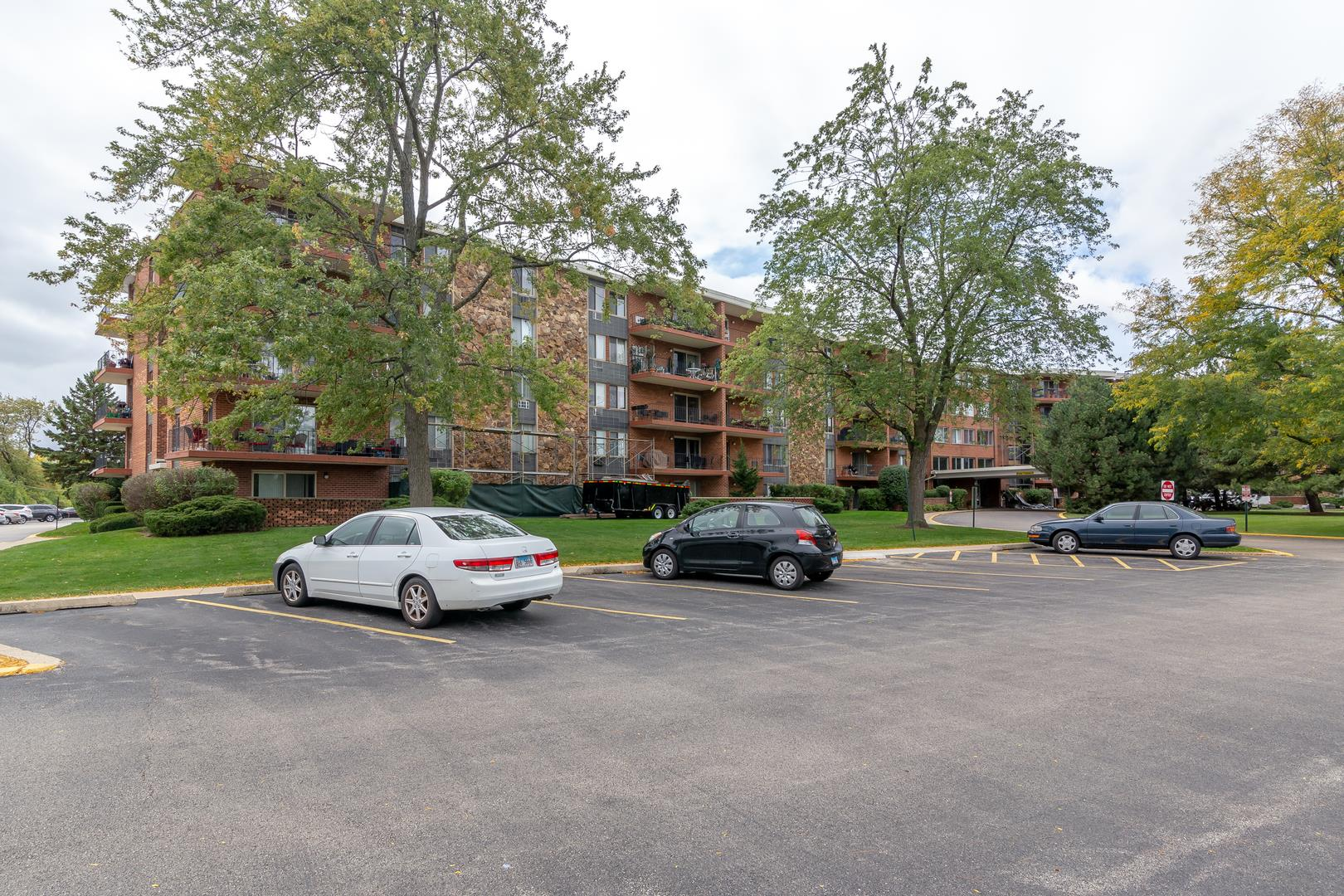 18 E Old Willow Road #501N, Prospect Heights, IL 60070 - #: 10889284