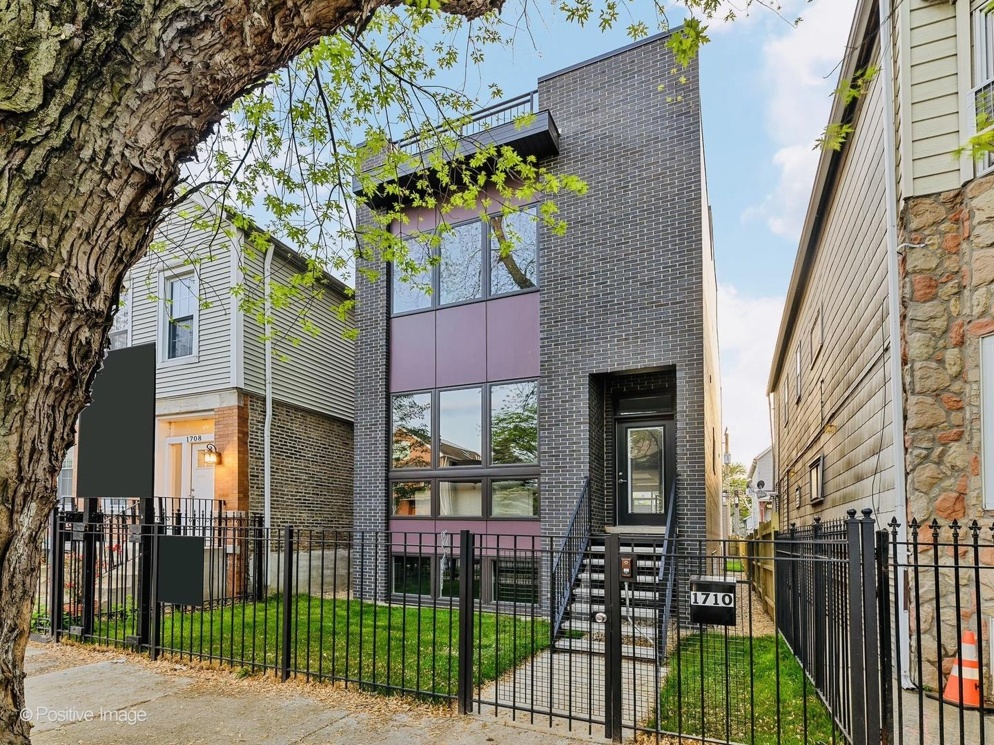 1710 N Rockwell Street, Chicago, IL 60647 - #: 11068286