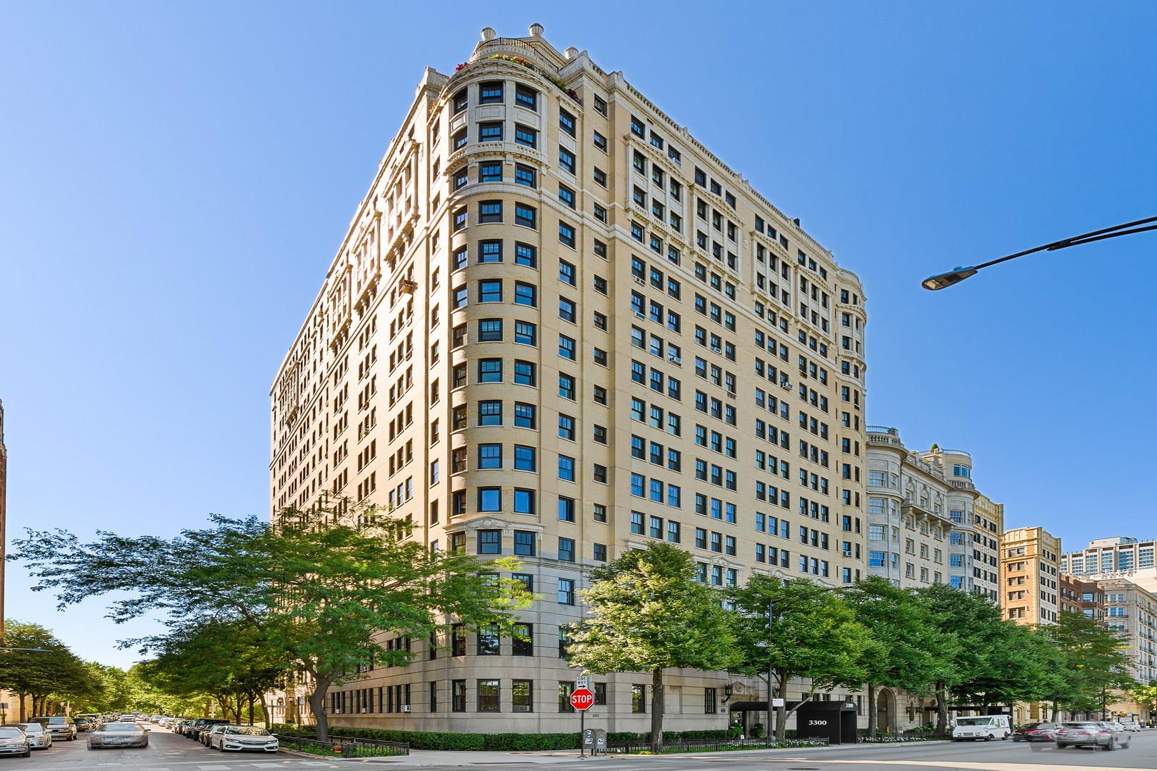 3300 N Lake Shore Drive #17DE, Chicago, IL 60657 - #: 10829289