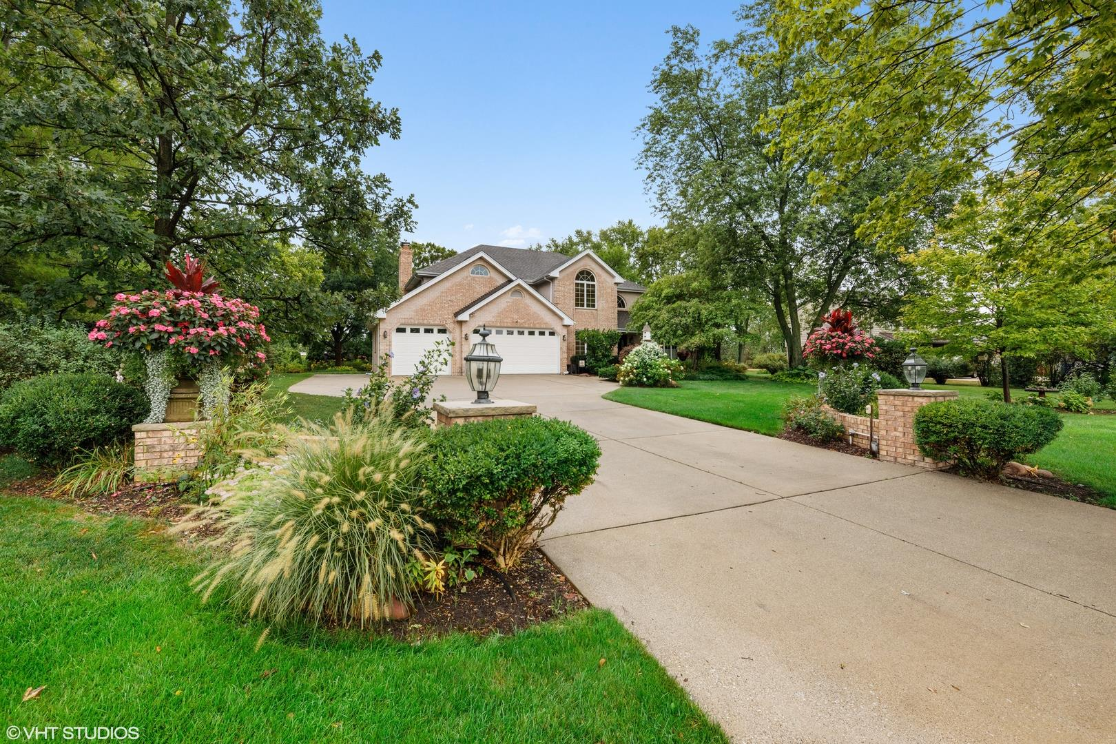 411 Oak Brook Road, Oak Brook, IL 60523 - #: 10845292