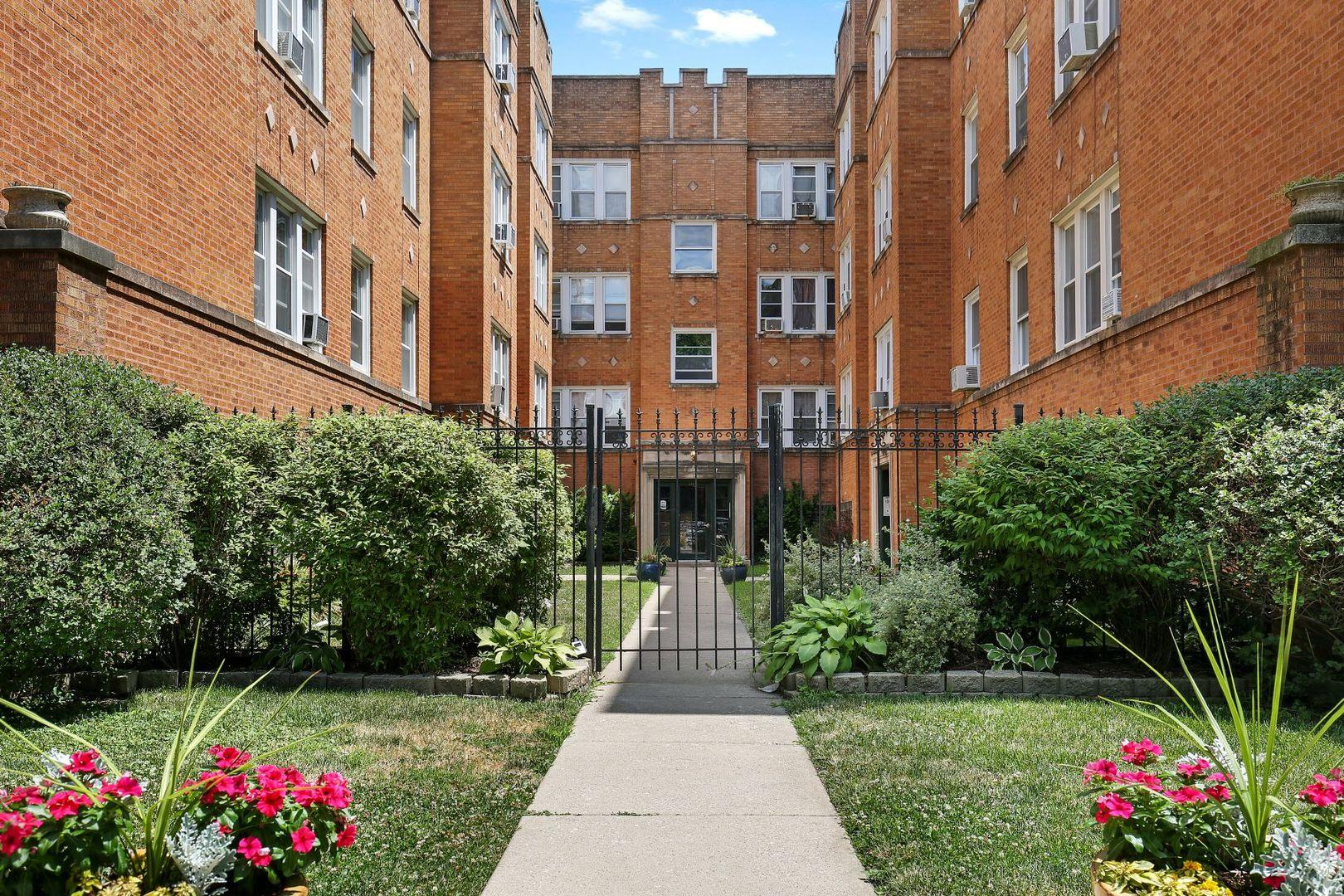4421 N Whipple Street #2B, Chicago, IL 60625 - #: 10819296