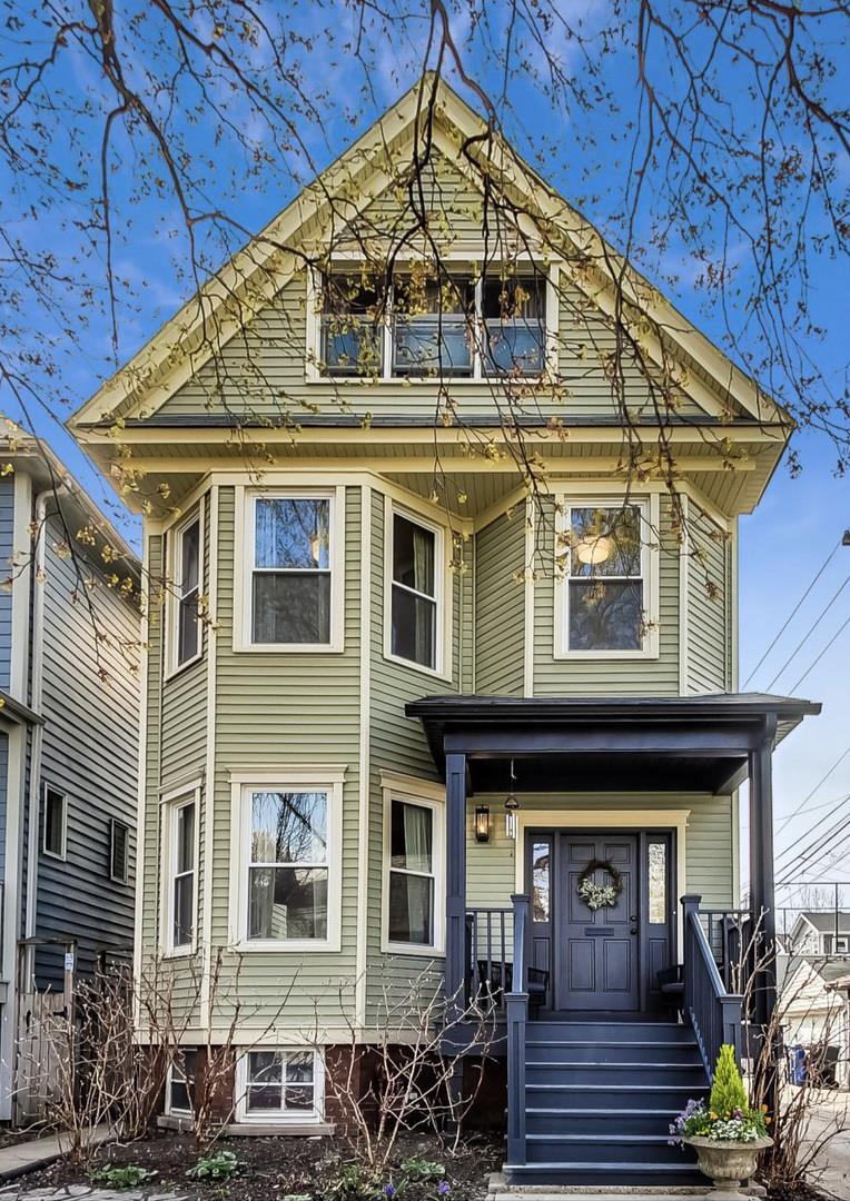4244 N Bell Avenue, Chicago, IL 60618 - #: 11048296