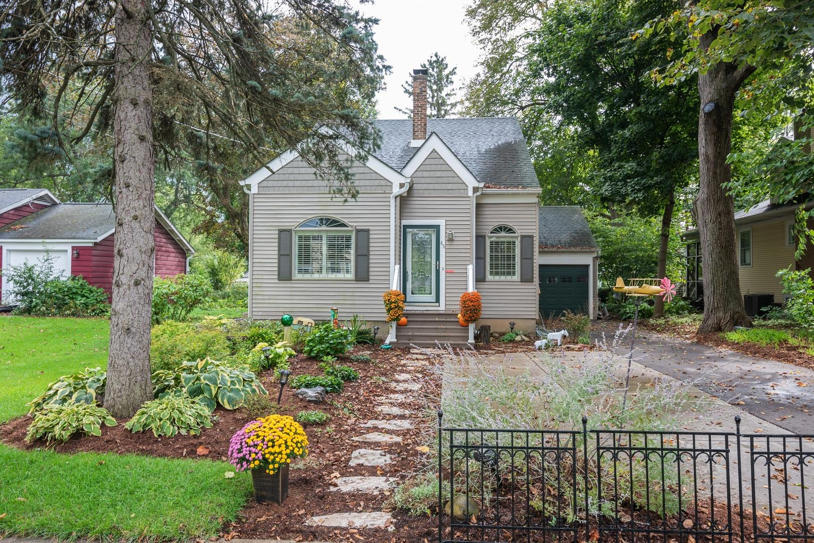 45 Esther Street, Crystal Lake, IL 60014 - #: 10532302