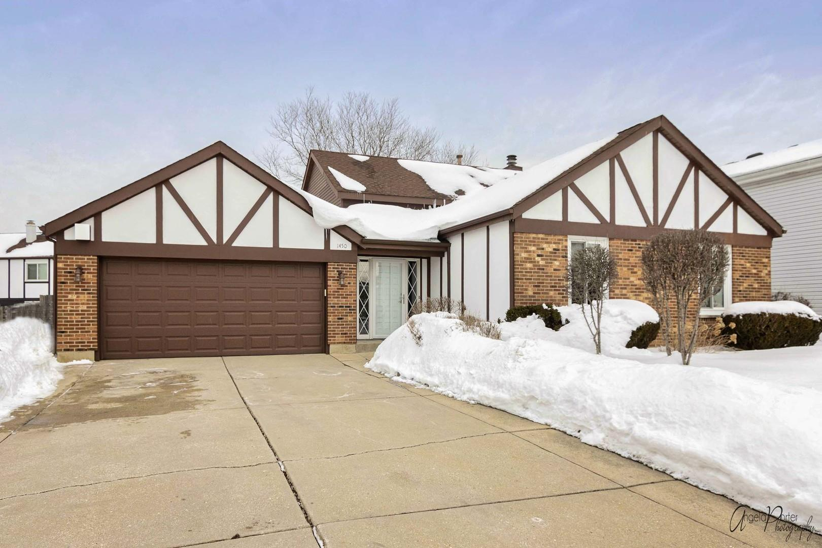 1450 W Royal Drive, Addison, IL 60101 - #: 11002304