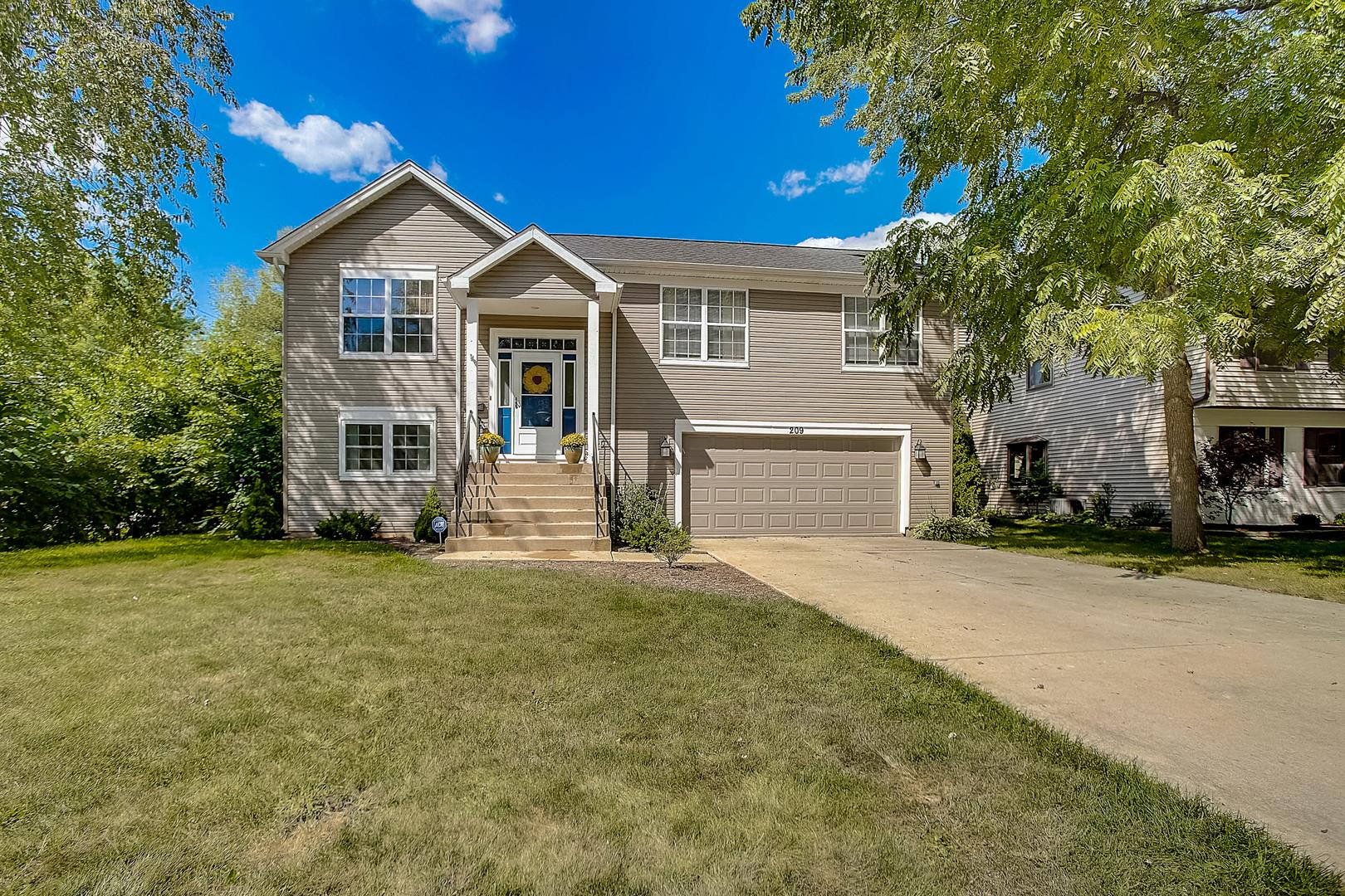 209 W Country Drive, Bartlett, IL 60103 - #: 10820311