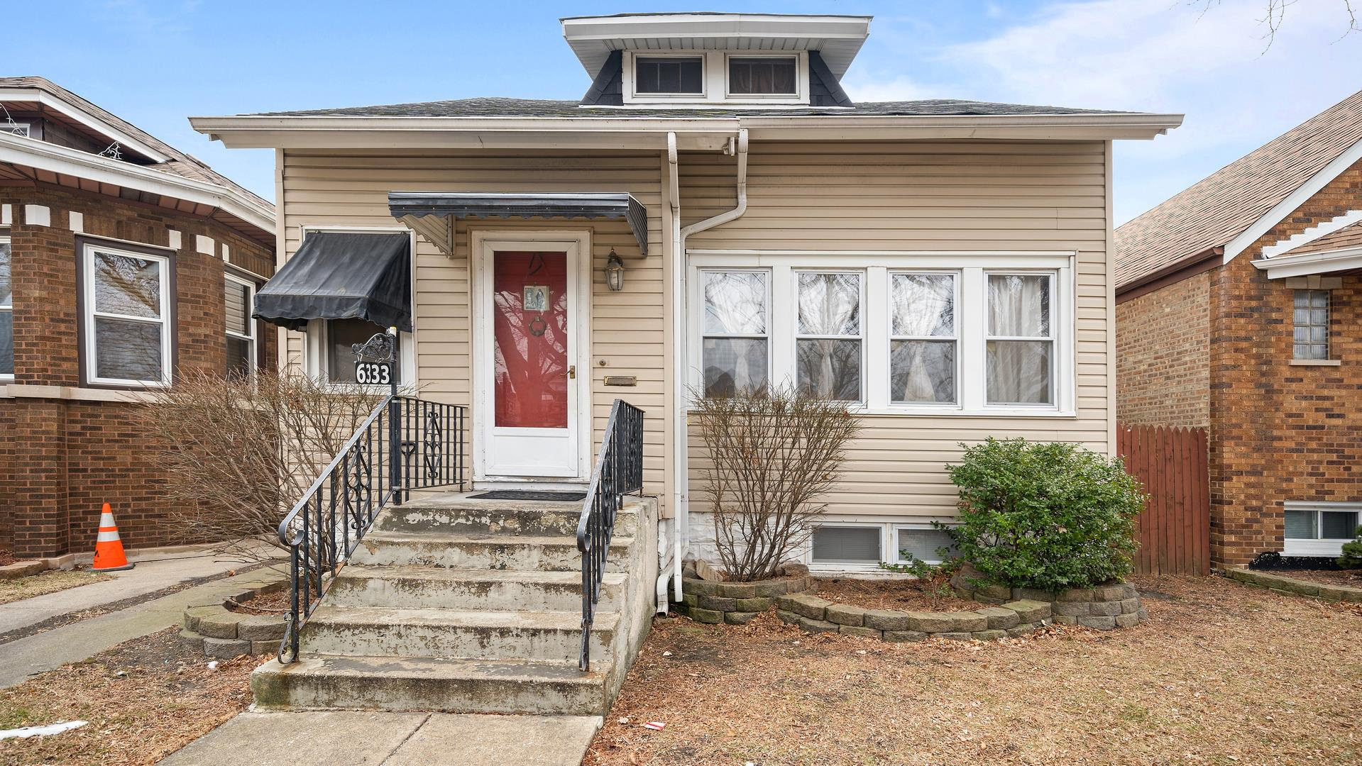 6333 S KARLOV Avenue, Chicago, IL 60629 - #: 10983311