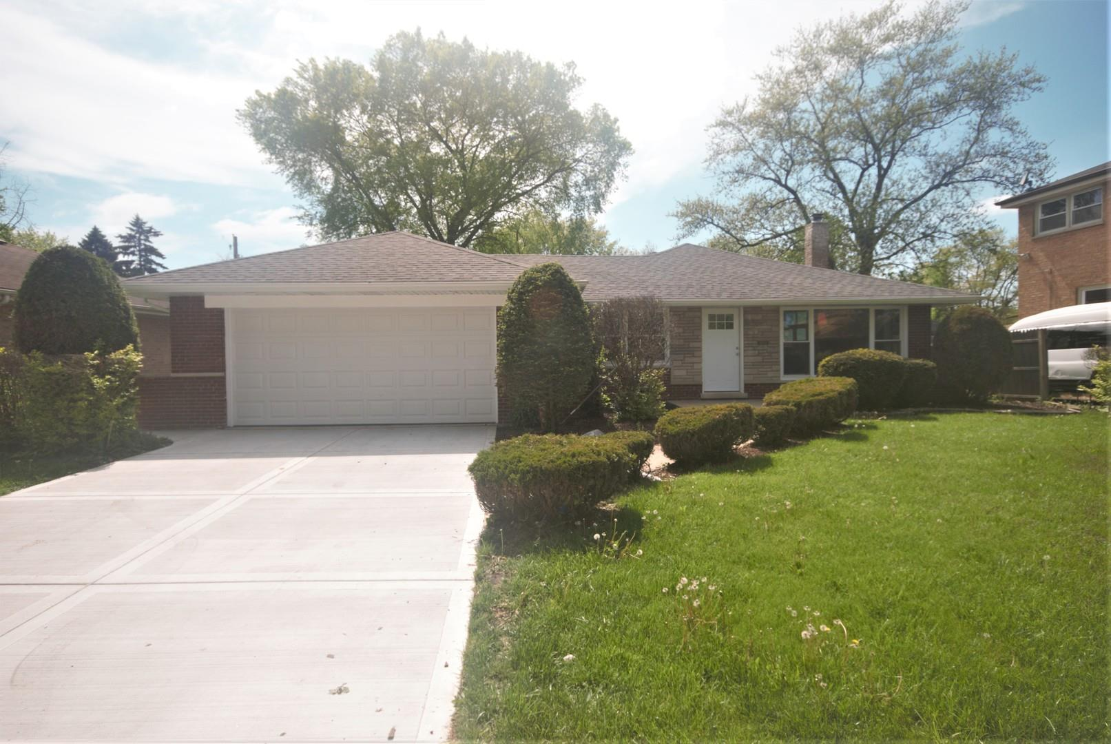 15938 Dobson Avenue, South Holland, IL 60473 - #: 10862312