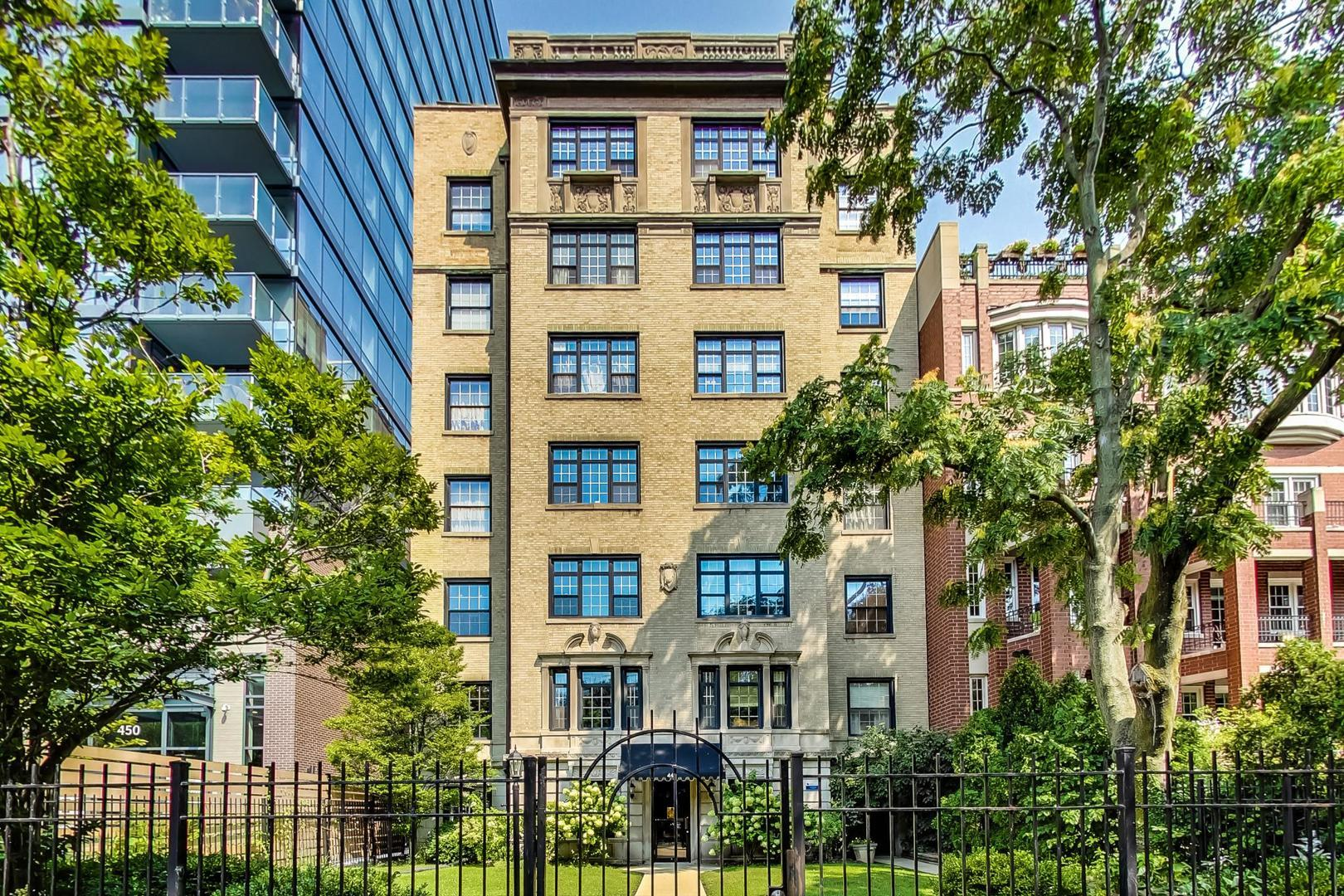 444 W Belmont Avenue #2B, Chicago, IL 60657 - #: 10837313