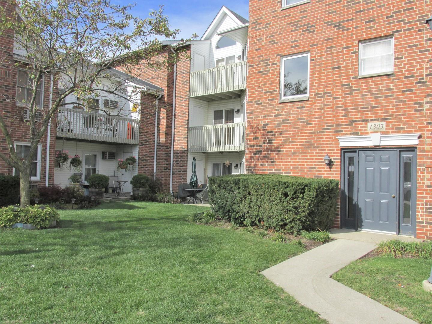 1303 Cunat Court #2A, Lake in the Hills, IL 60156 - #: 10919313