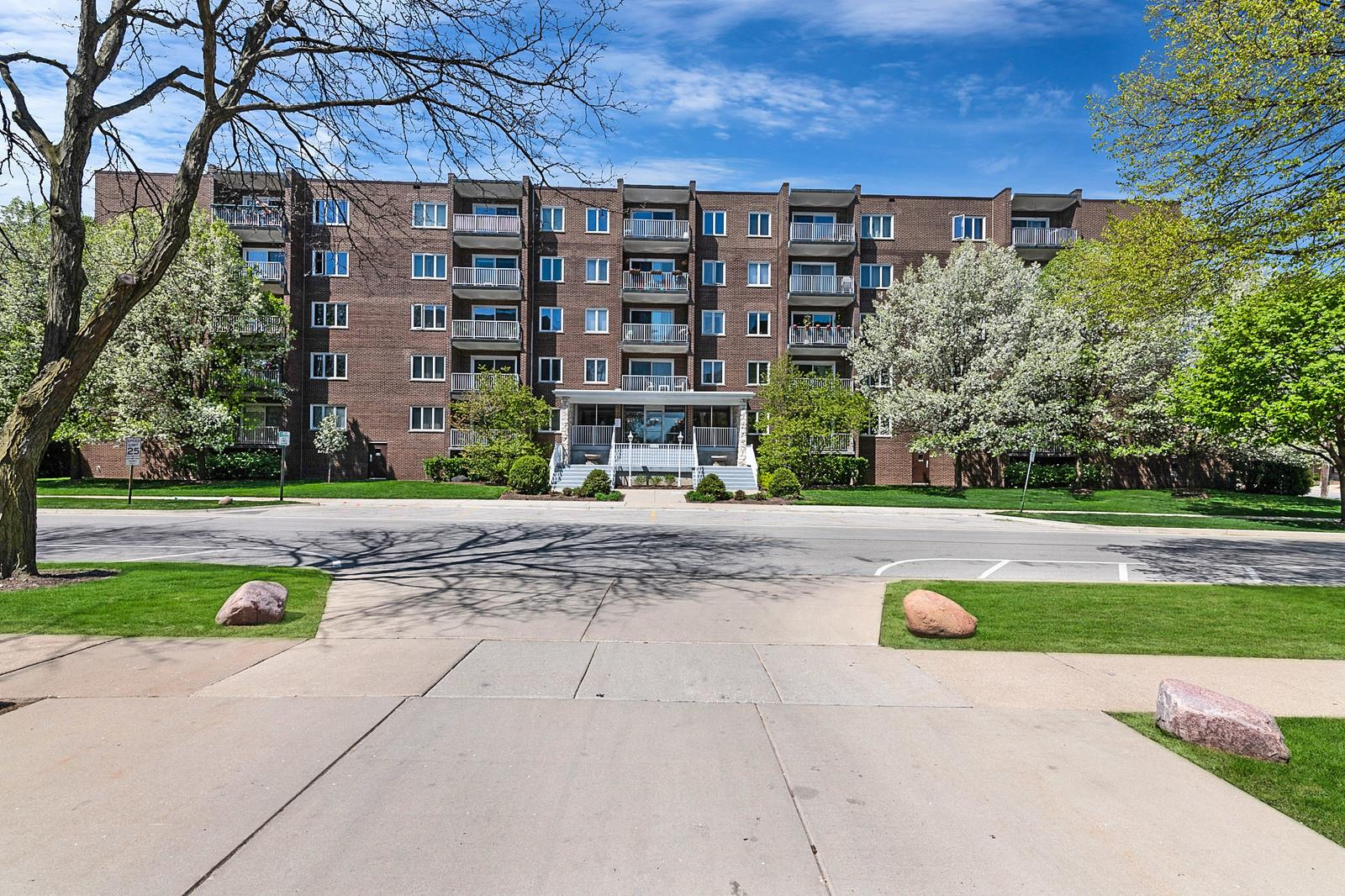 900 Center Street #4G, Des Plaines, IL 60016 - #: 10972319