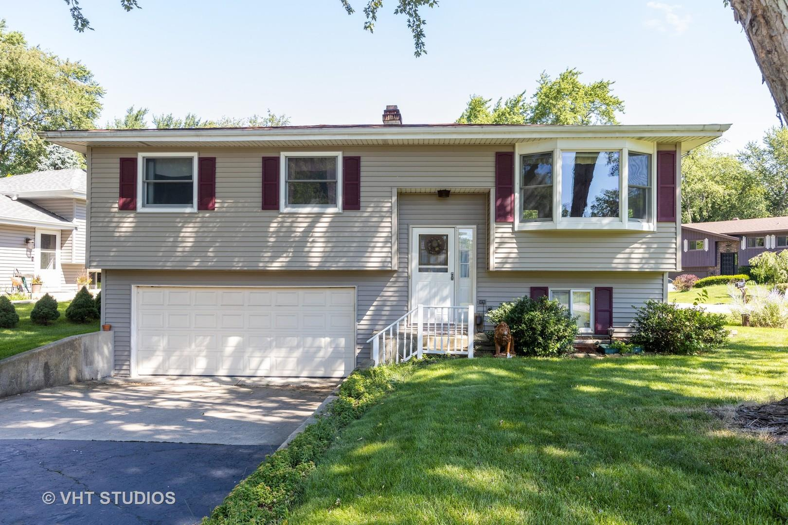26W138 Mayflower Place, Wheaton, IL 60187 - #: 10800323
