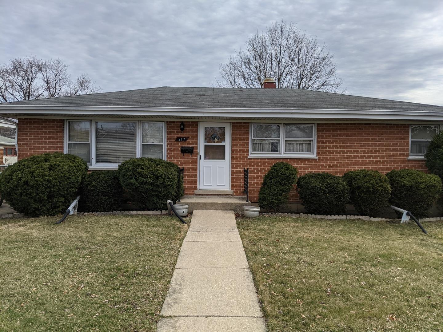 917 N Neva Avenue, Addison, IL 60101 - #: 11038325