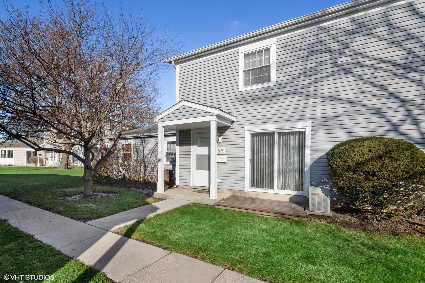 1229 Nova Court, Wheeling, IL 60090 - #: 10953329
