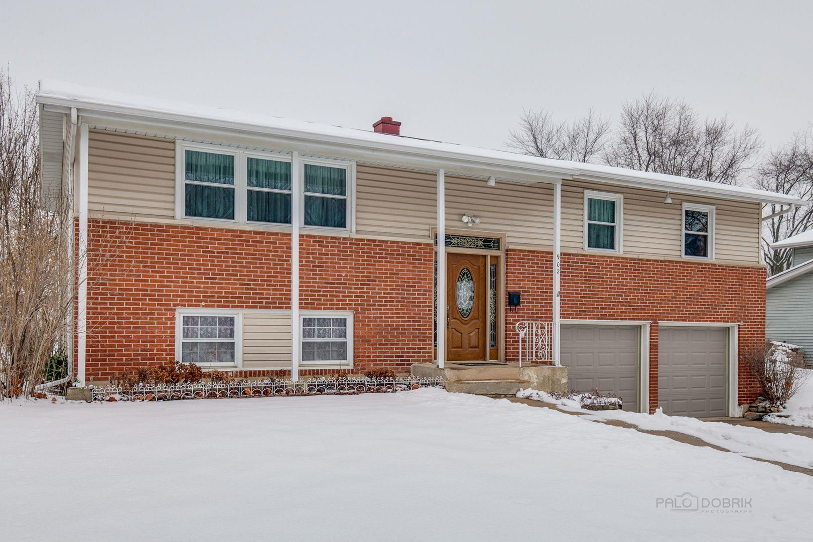 902 E Carpenter Drive, Palatine, IL 60074 - #: 10965333
