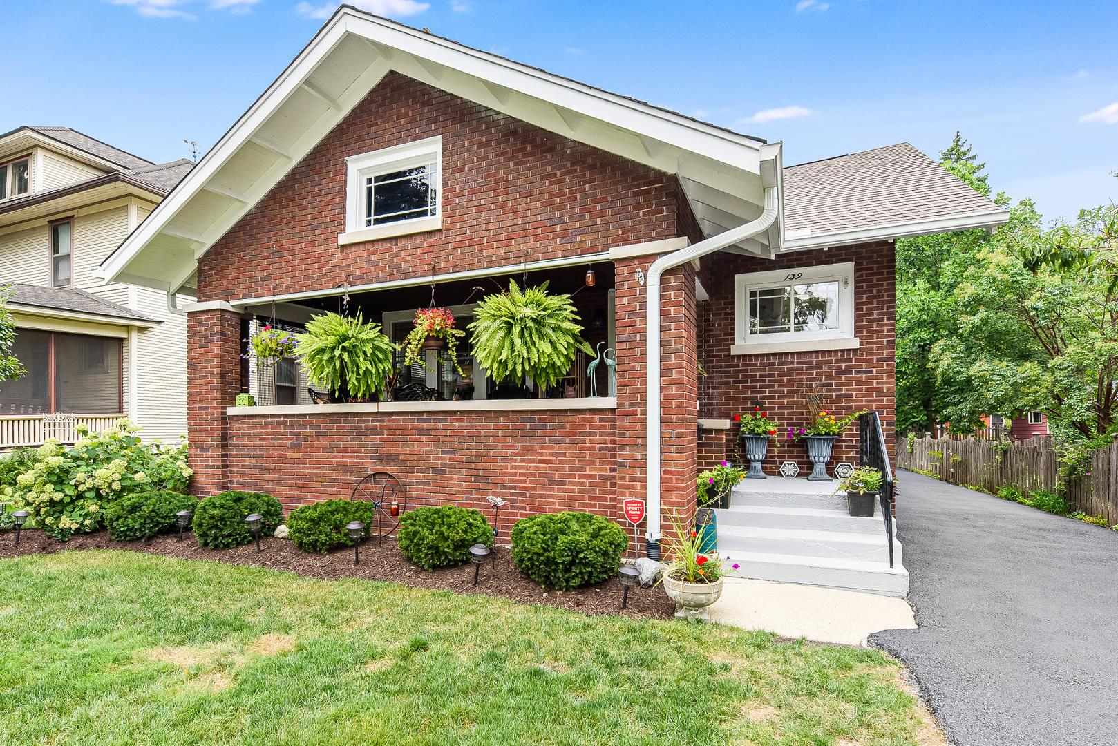 139 N Wright Street, Naperville, IL 60540 - #: 10840342