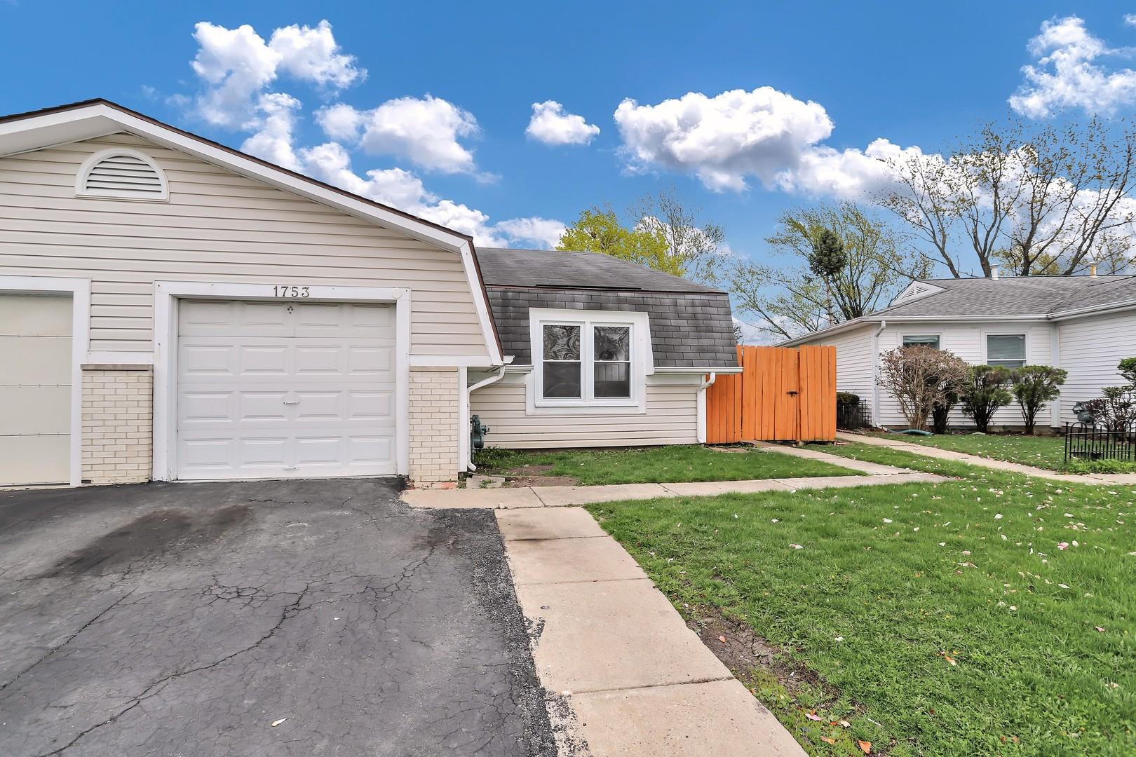 1753 Amherst Circle, Glendale Heights, IL 60139 - #: 11057348