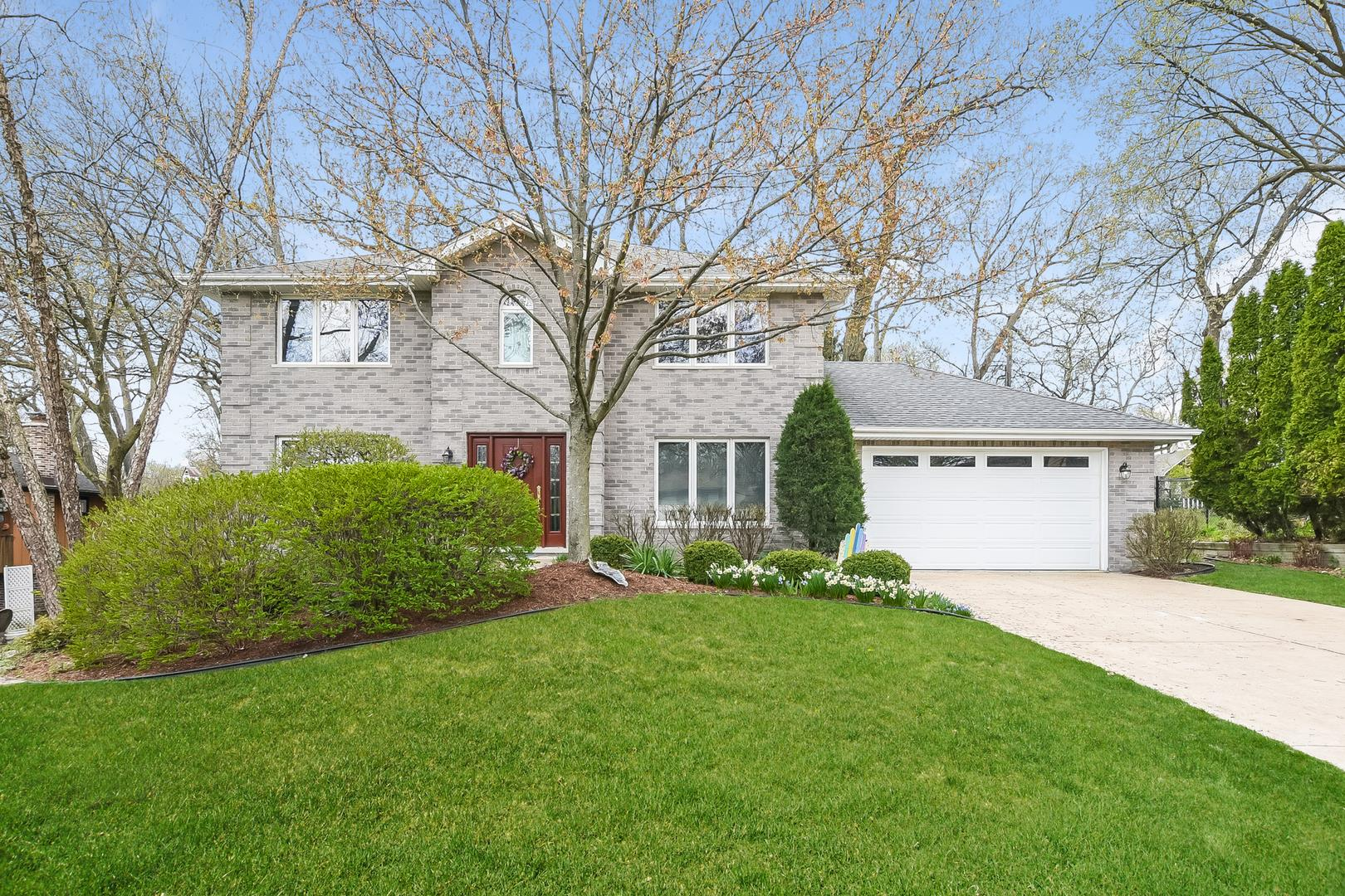 203 Forest Avenue, Willow Springs, IL 60480 - #: 11063349
