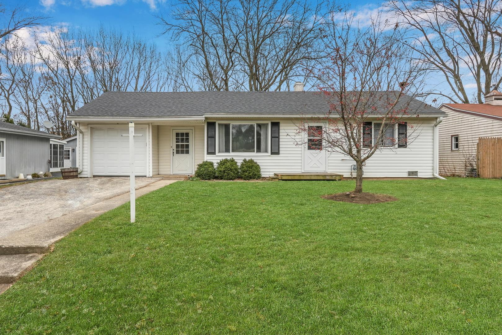 239 Maplewood Drive, Antioch, IL 60002 - #: 10934352