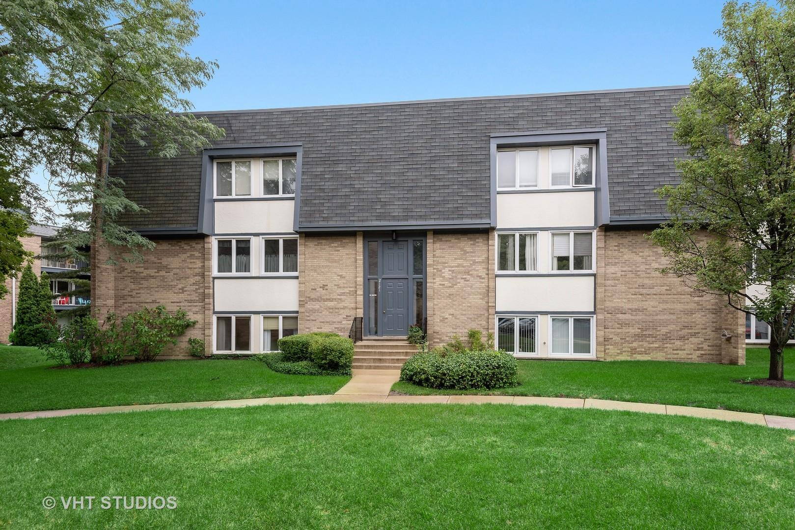 2121 Ammer Ridge Court #101, Glenview, IL 60025 - #: 10858355