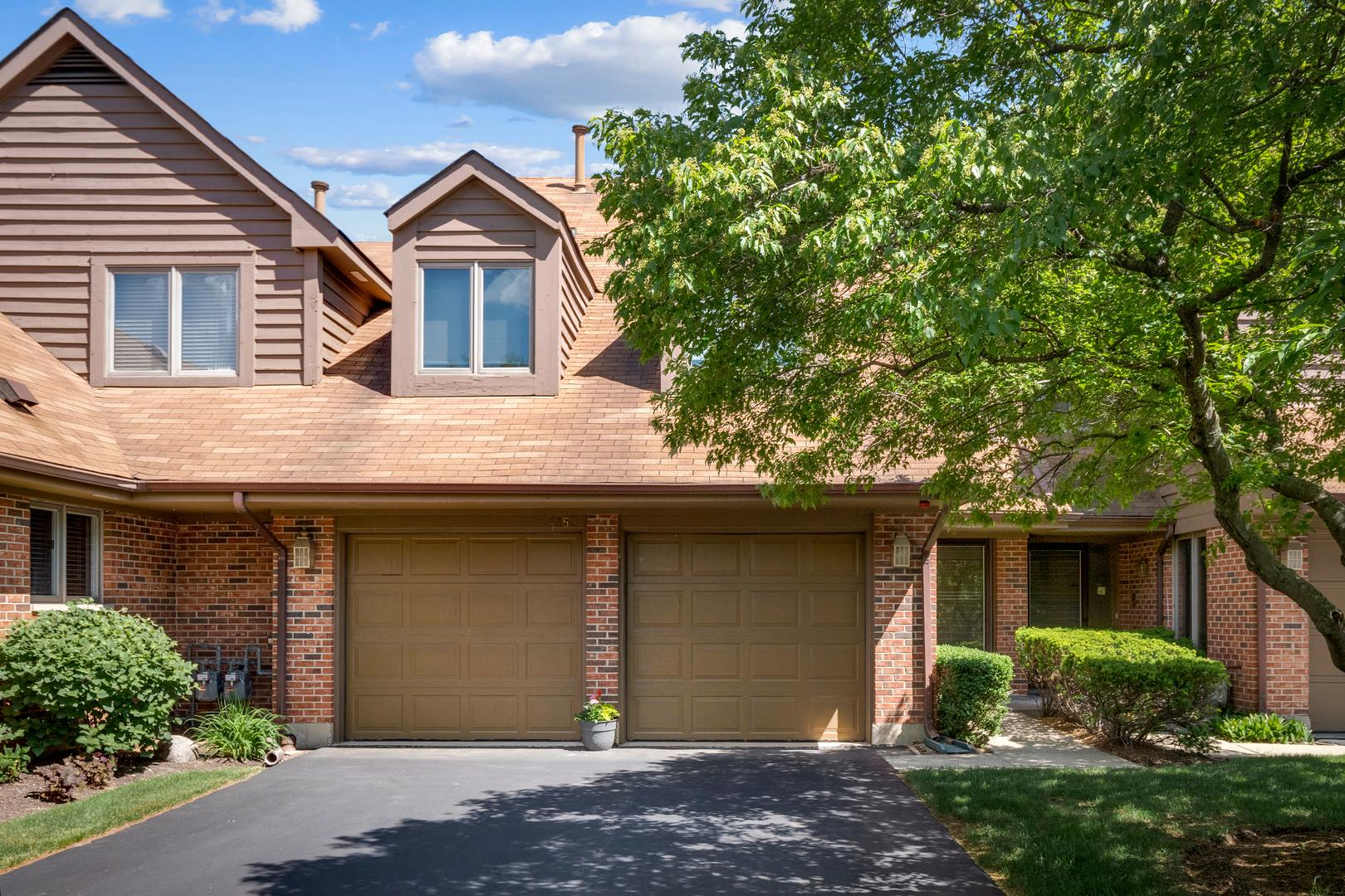 4153 Picardy Circle, Northbrook, IL 60062 - #: 11102358
