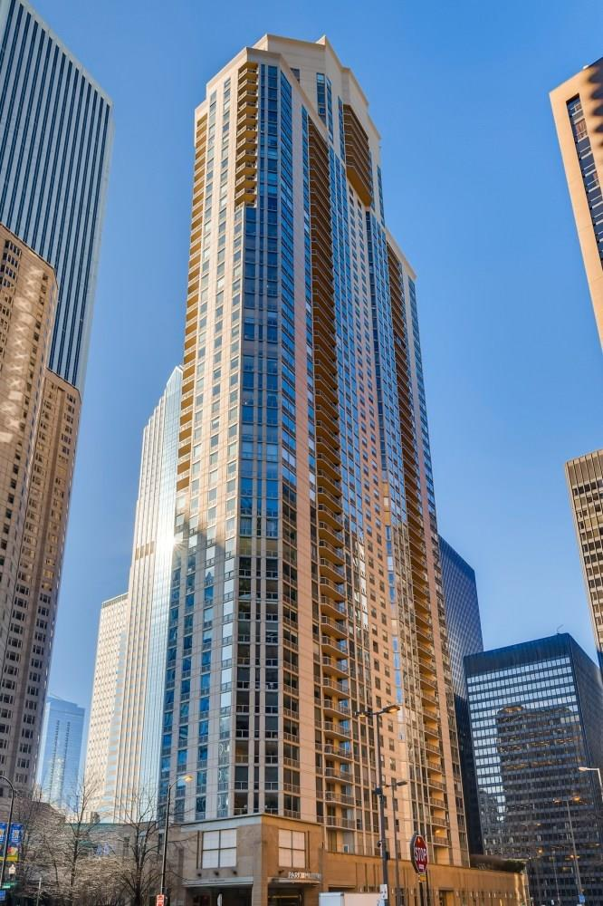 222 N Columbus Drive #4308, Chicago, IL 60601 - #: 11070359