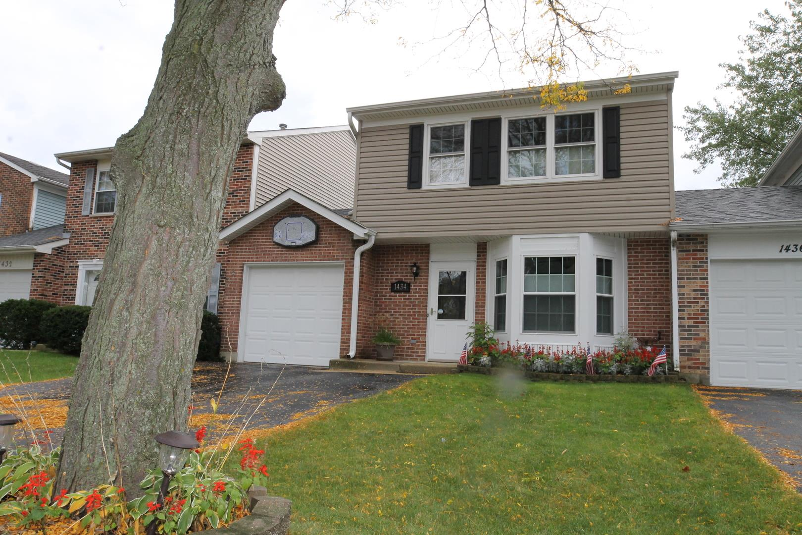 1434 Walnut Circle, Carol Stream, IL 60188 - #: 10886366