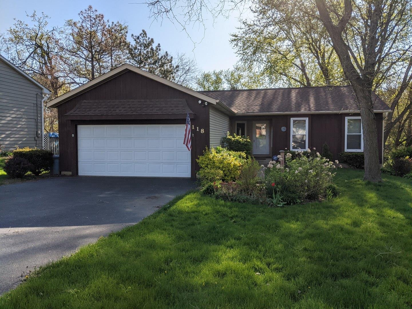 118 Hawthorne Road, Lake in the Hills, IL 60156 - #: 11098370