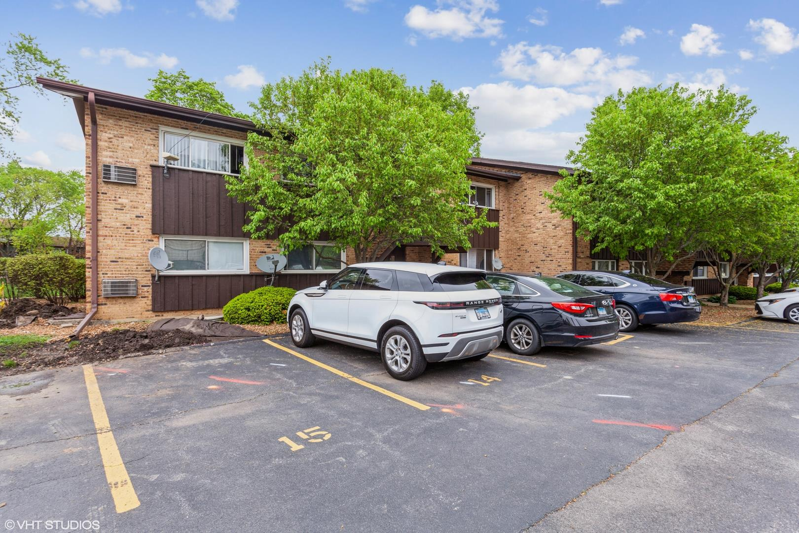 2208 Arbor Circle #4, Downers Grove, IL 60515 - #: 11077371