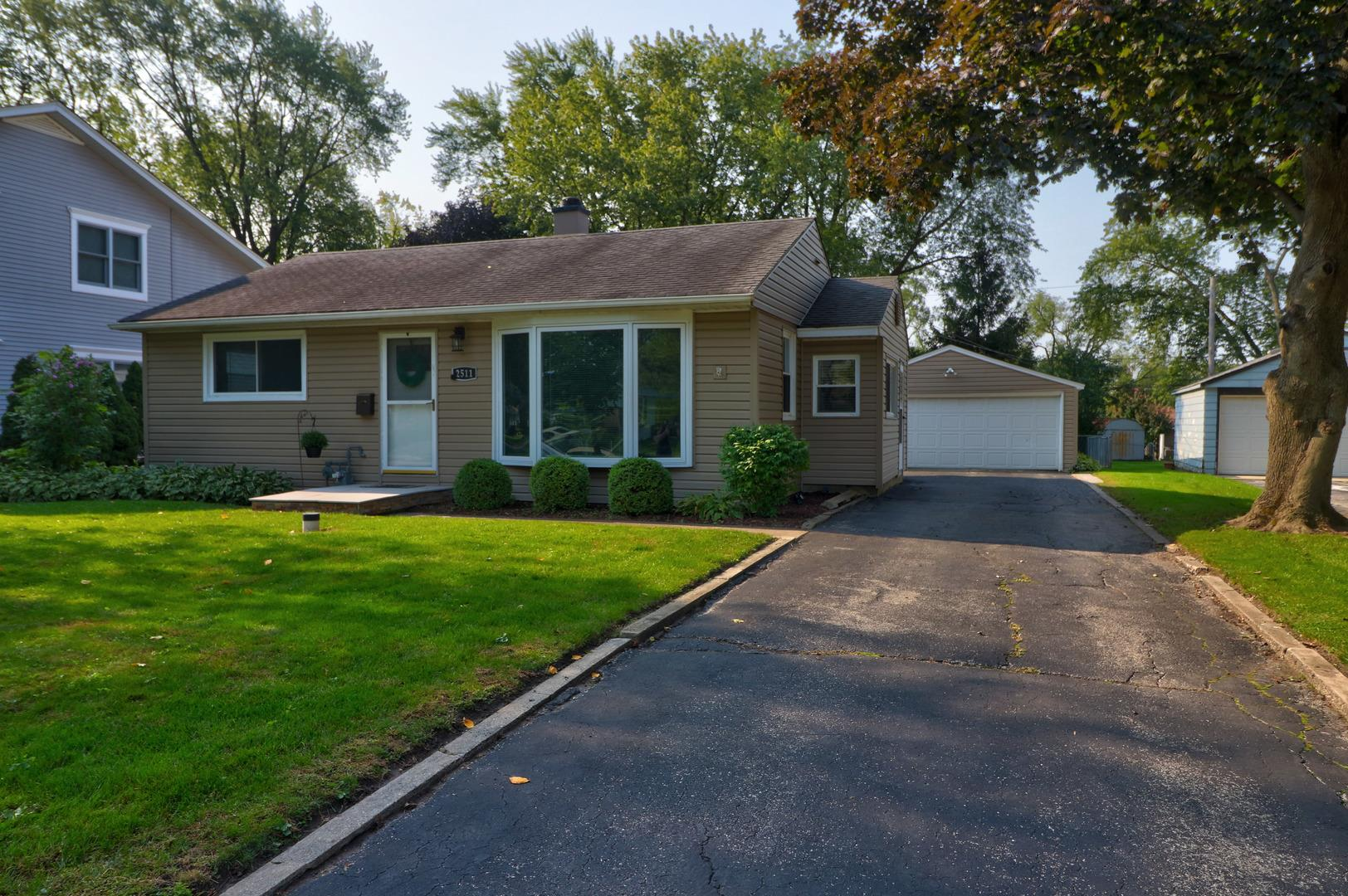 2511 George Street, Rolling Meadows, IL 60008 - #: 10879373