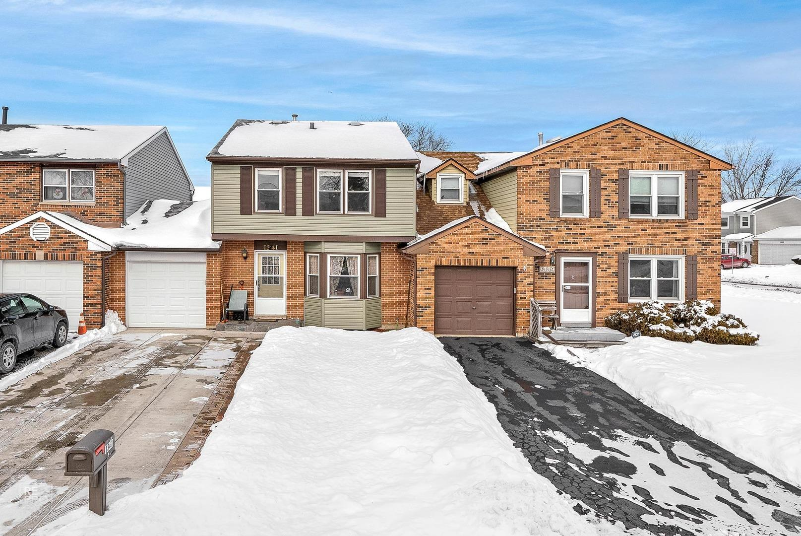 1341 Portsmouth Court, Carol Stream, IL 60188 - #: 10994375