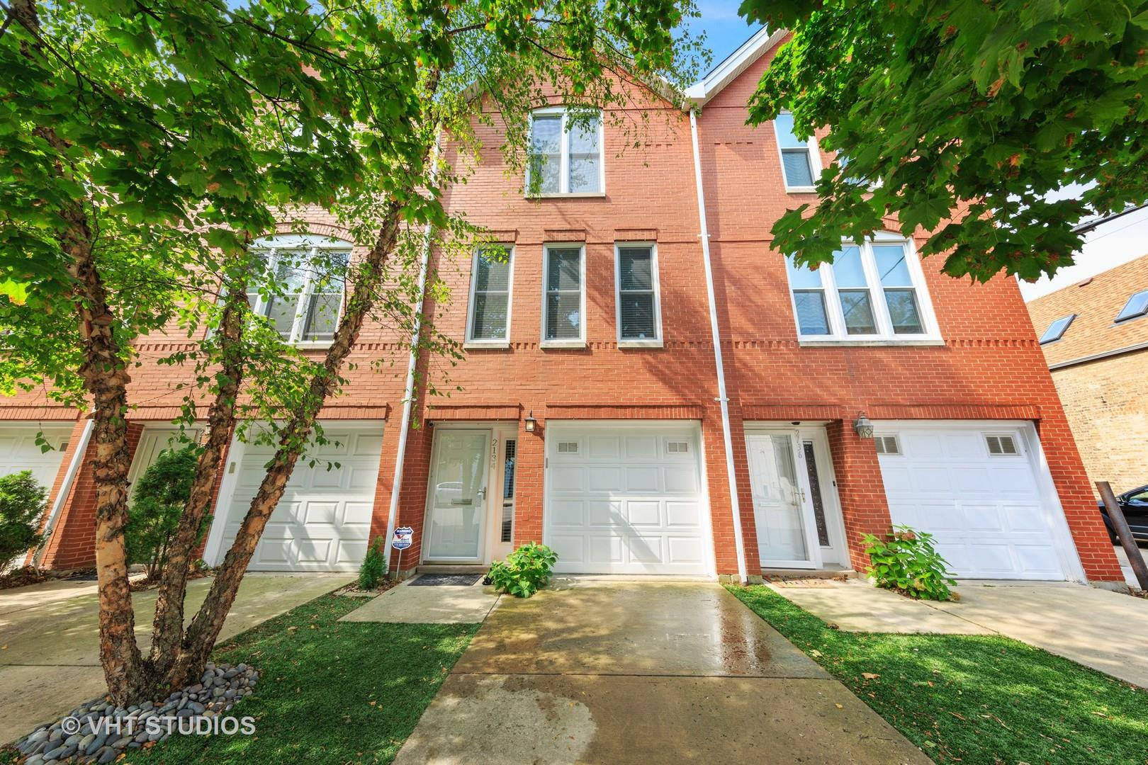 2134 N BELL Avenue, Chicago, IL 60647 - #: 10883378