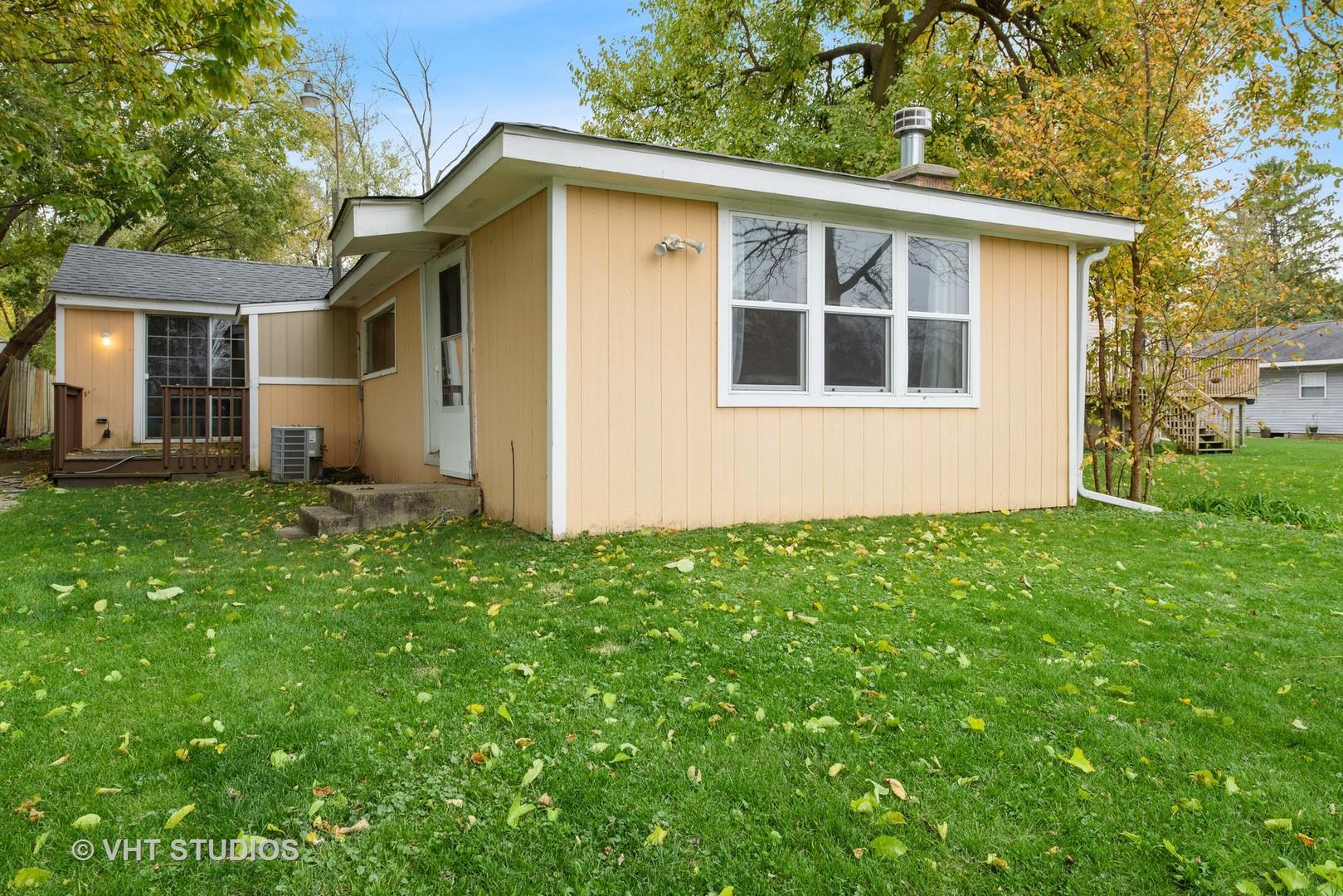 2206 Beach Drive, Fox River Grove, IL 60021 - #: 10902379