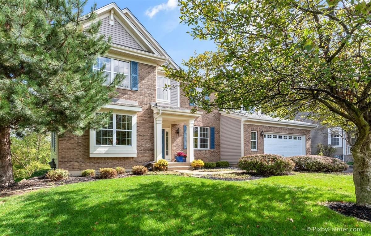 8 Kenilworth Court, Cary, IL 60013 - #: 10890383