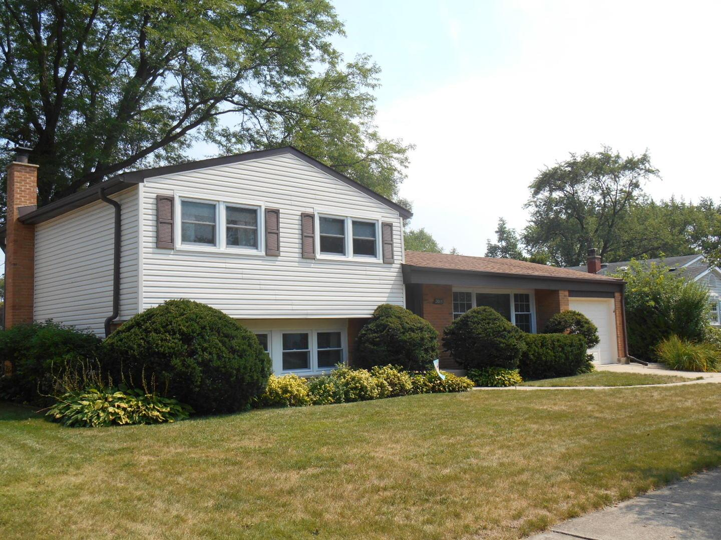 2015 N Verde Drive, Arlington Heights, IL 60004 - #: 10835388
