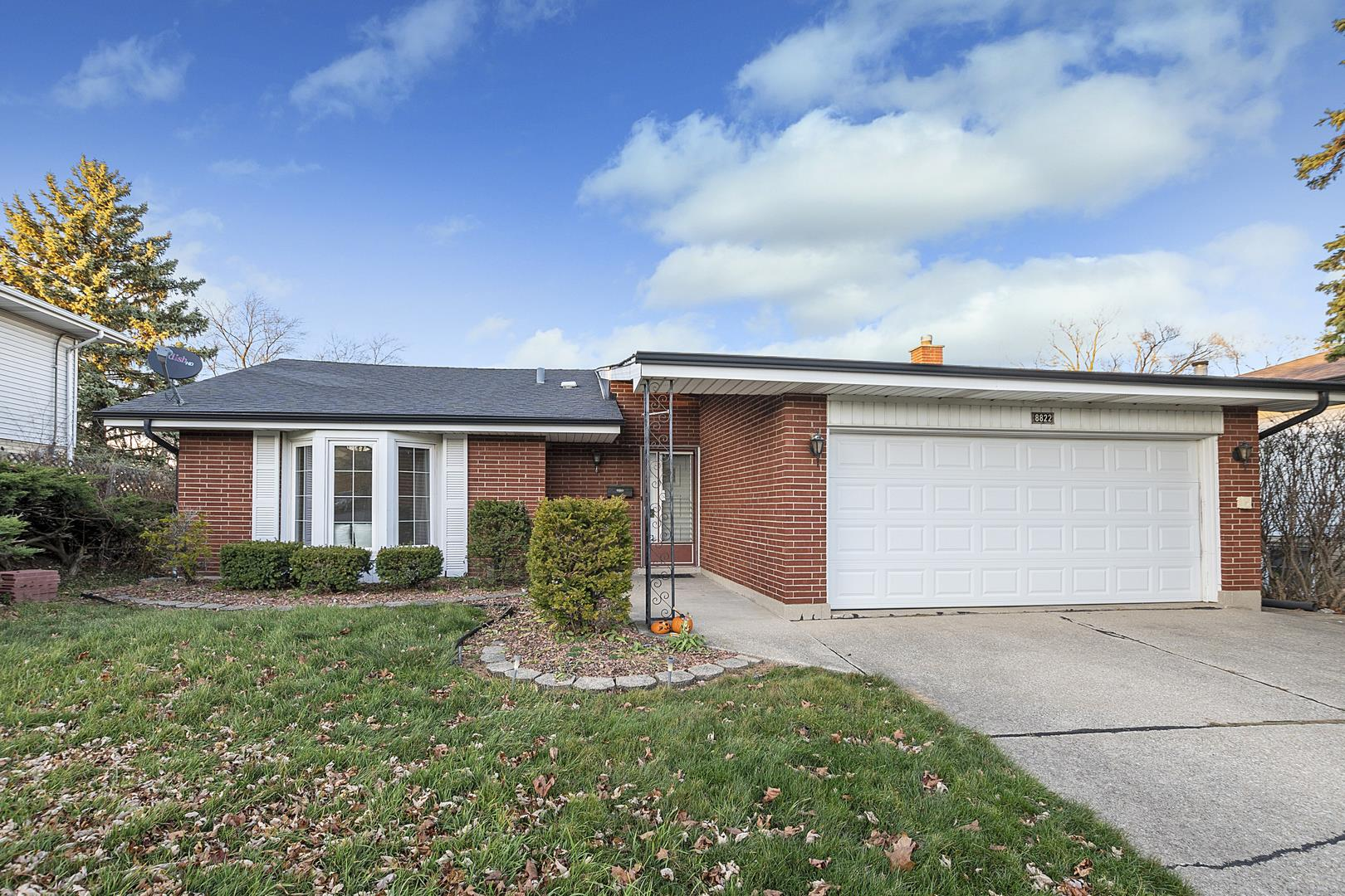 8822 Nida Court, Hickory Hills, IL 60457 - #: 10932389