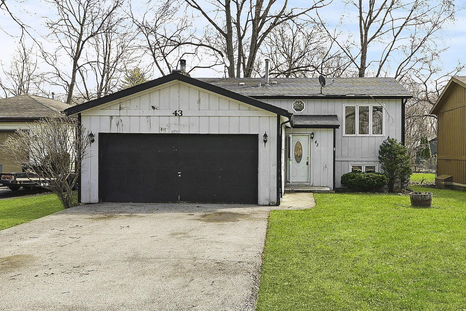 43 Honeysuckle Lane, Crystal Lake, IL 60014 - #: 10689392