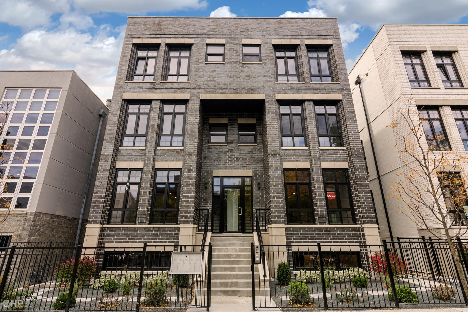 1107 W Chestnut Street #2W, Chicago, IL 60642 - #: 10926394