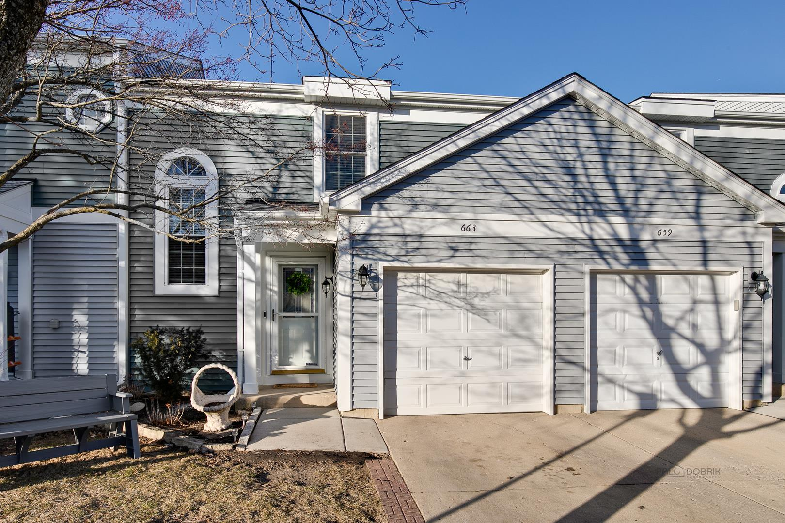 663 WEDGEWOOD Drive, Hanover Park, IL 60133 - #: 10656396