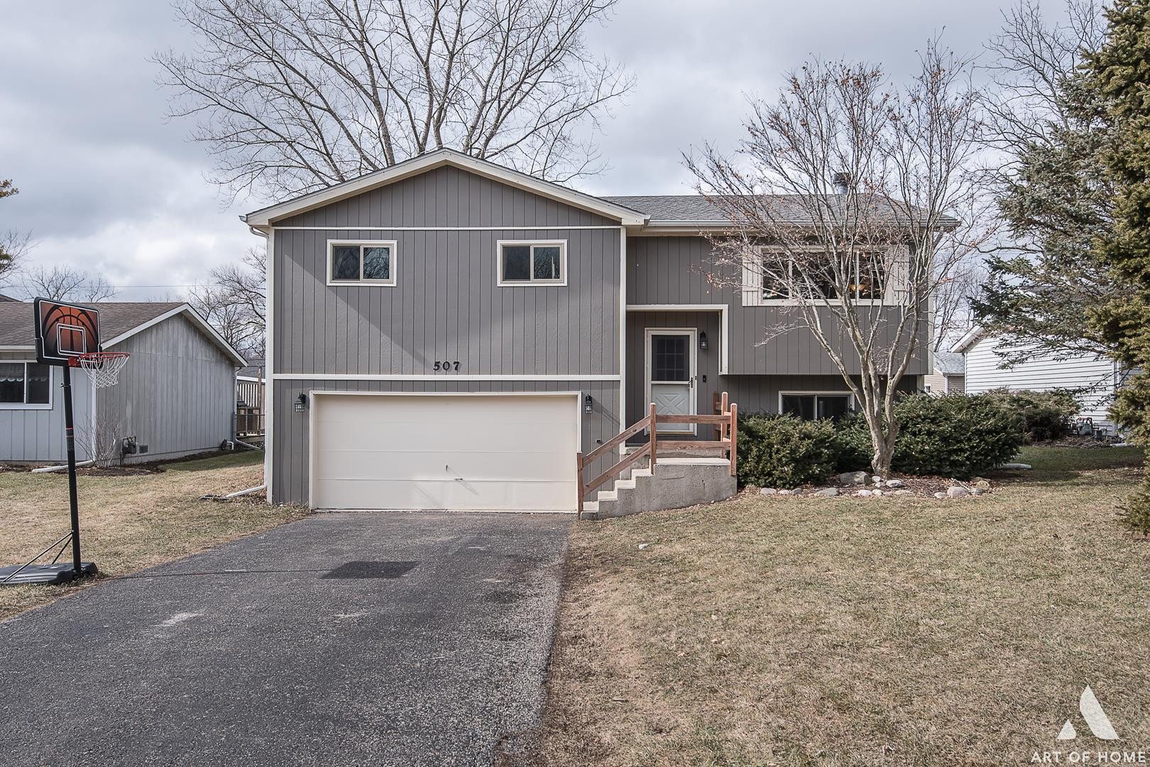 507 Seminole Trail, Lake in the Hills, IL 60156 - #: 10649400