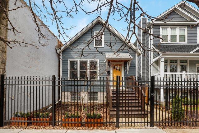 2622 N California Avenue, Chicago, IL 60647 - #: 10676401